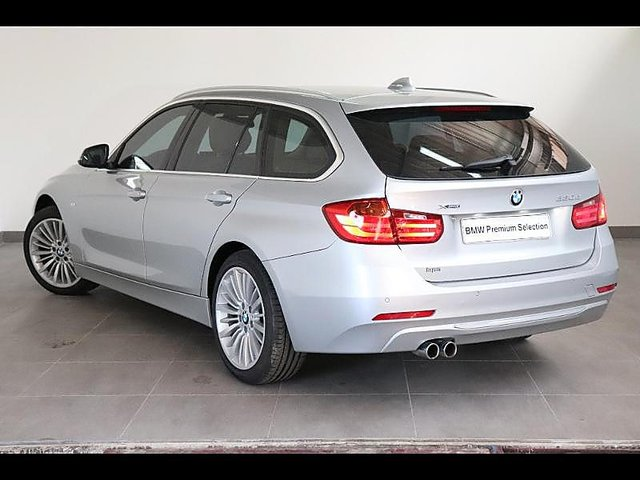 bmw serie 3 touring 330da xdrive 258ch luxury occasion poitiers 26 690. Black Bedroom Furniture Sets. Home Design Ideas
