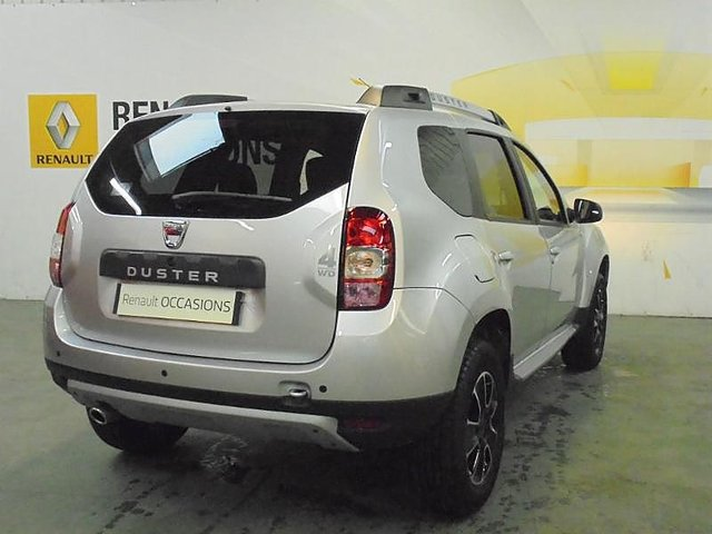dacia duster 1 5 dci 110ch black touch 2017 4x4 occasion. Black Bedroom Furniture Sets. Home Design Ideas