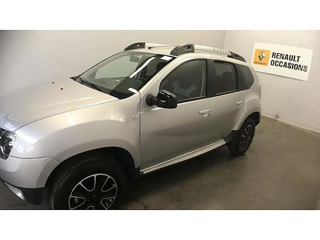 dacia duster 1 5 dci 110ch black touch 2017 4x4 occasion meaux 16 980. Black Bedroom Furniture Sets. Home Design Ideas