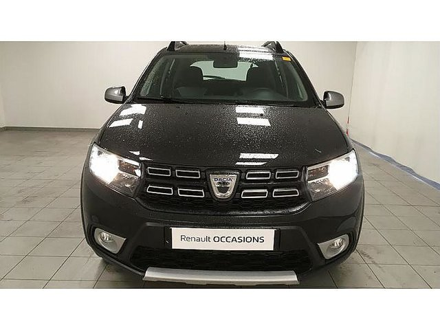 dacia sandero 0 9 tce 90ch stepway euro6c occasion troyes 12 990. Black Bedroom Furniture Sets. Home Design Ideas