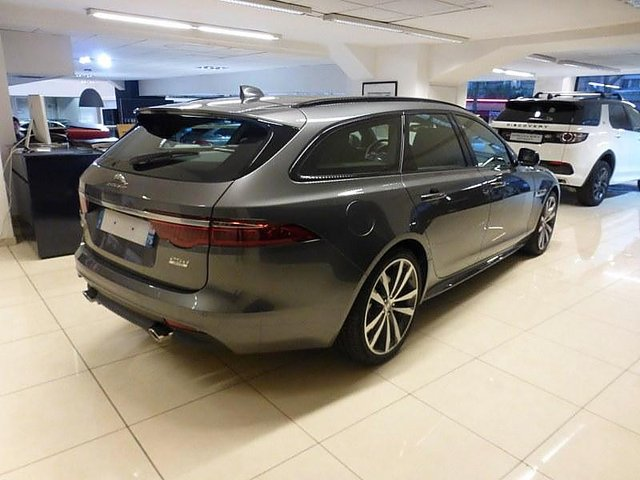 achat jaguar xf sportbrake de d monstration 2 0d 240ch r sport awd bva 49 990 paris. Black Bedroom Furniture Sets. Home Design Ideas