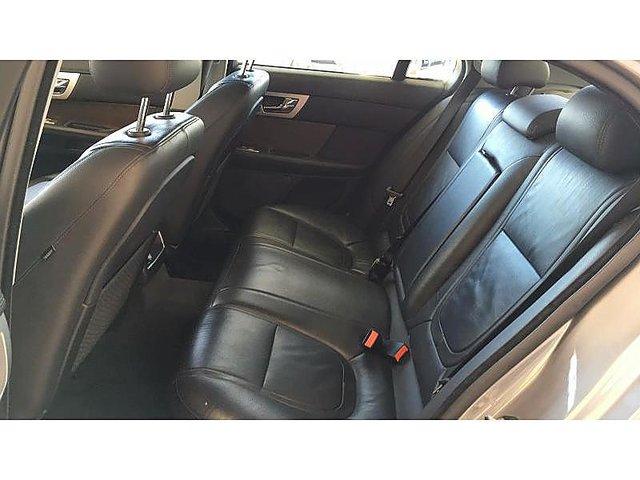 jaguar xf v6 3 0 d 240ch luxe occasion paris 18 500. Black Bedroom Furniture Sets. Home Design Ideas