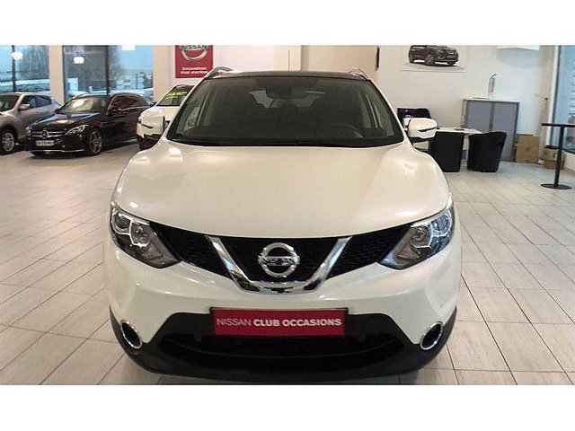nissan qashqai 1 5 dci 110ch n connecta occasion lille. Black Bedroom Furniture Sets. Home Design Ideas