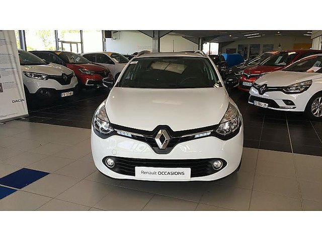 renault clio estate 0 9 tce 90ch energy limited euro6 2015 occasion arras 11 750. Black Bedroom Furniture Sets. Home Design Ideas