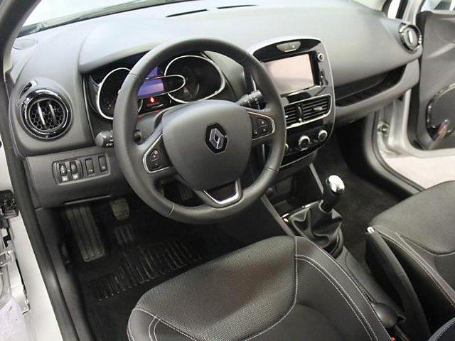 renault clio 1 5 dci 75ch energy business 5p occasion meaux 11 980. Black Bedroom Furniture Sets. Home Design Ideas
