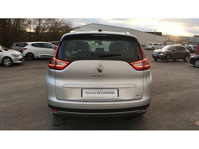 renault grand scenic 1 5 dci 110 energy business 7 places occasion epernay 20 440. Black Bedroom Furniture Sets. Home Design Ideas
