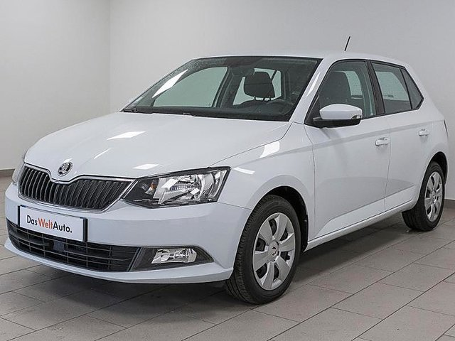 occasion skoda fabia metz 57 27950 km en vente. Black Bedroom Furniture Sets. Home Design Ideas