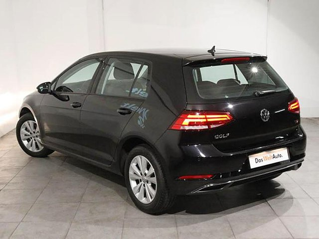 volkswagen golf 1 6 tdi 115ch bluemotion technology fap first edition 5p occasion poitiers 18. Black Bedroom Furniture Sets. Home Design Ideas