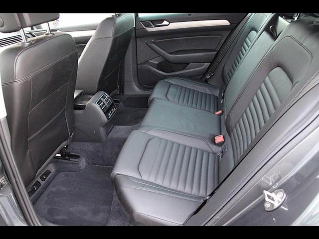 volkswagen passat sw 2 0 tdi 150ch bluemotion technology. Black Bedroom Furniture Sets. Home Design Ideas