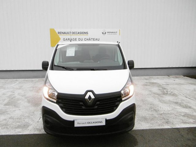 occasion renault trafic fg maintenon 28 10 km en vente 20 490 annonce n 8682. Black Bedroom Furniture Sets. Home Design Ideas