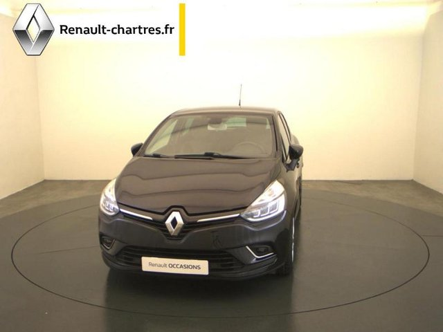 occasion renault clio nogent le phaye 28 28218 km en vente 12 990 annonce n 021882. Black Bedroom Furniture Sets. Home Design Ideas
