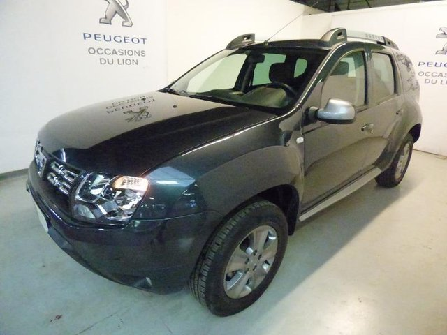 occasion dacia duster vert saint denis 77 46539 km en vente 13 490 annonce n 915571. Black Bedroom Furniture Sets. Home Design Ideas