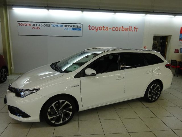 occasion toyota auris touring sports corbeil essonnes 91 30227 km en vente 21 890 annonce. Black Bedroom Furniture Sets. Home Design Ideas