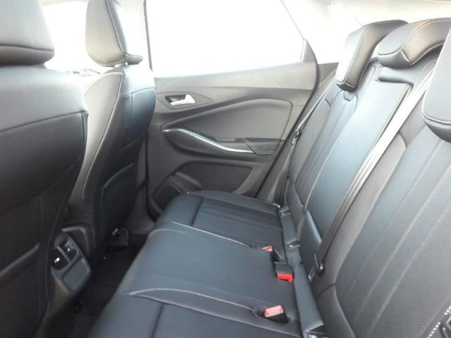 opel grandland x occasion 1 6 d 120ch edition sedan pl21c1 vd0091tycq. Black Bedroom Furniture Sets. Home Design Ideas