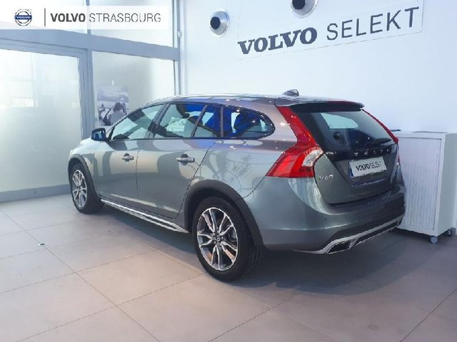 volvo v60 cross country occasion d4 190ch summum geartronic colmar hes9 vk10032. Black Bedroom Furniture Sets. Home Design Ideas