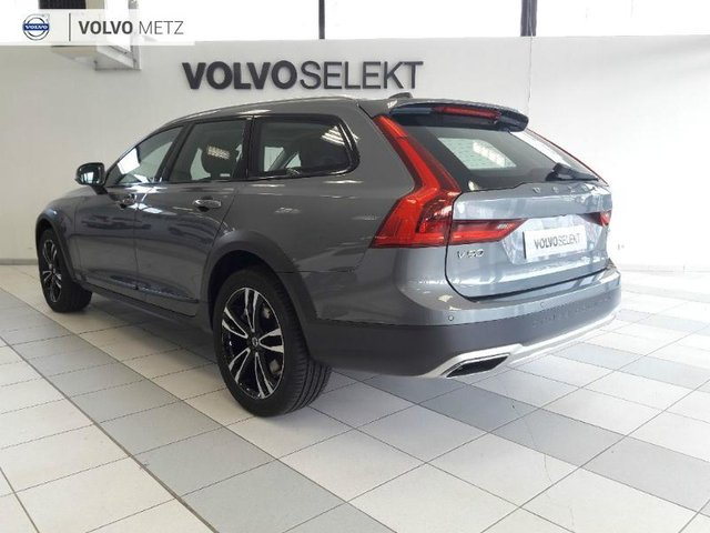 volvo v90 cross country occasion d4 awd luxe geart 0km metz vv57c1 vn970874. Black Bedroom Furniture Sets. Home Design Ideas
