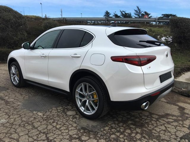 alfa romeo stelvio occasion 2 2 diesel 210ch lusso q4 at8 nancy he13 vd19155. Black Bedroom Furniture Sets. Home Design Ideas