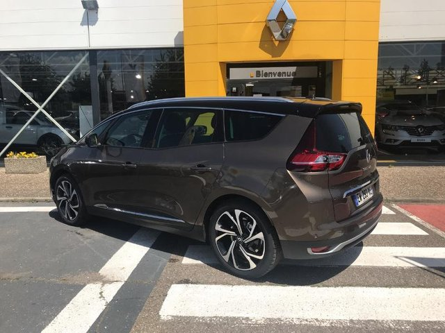 renault grand scenic 1 5 dci 110ch hybrid assist intens occasion re67m1 18263. Black Bedroom Furniture Sets. Home Design Ideas