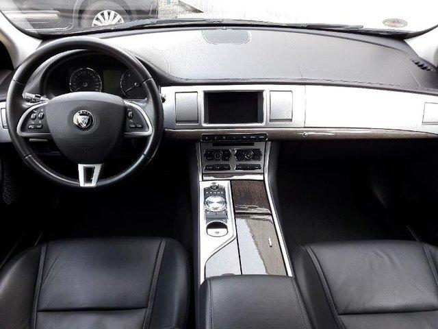 jaguar xf sportbrake occasion 2 2 d 200ch luxe charleville ft68c2 hap240. Black Bedroom Furniture Sets. Home Design Ideas