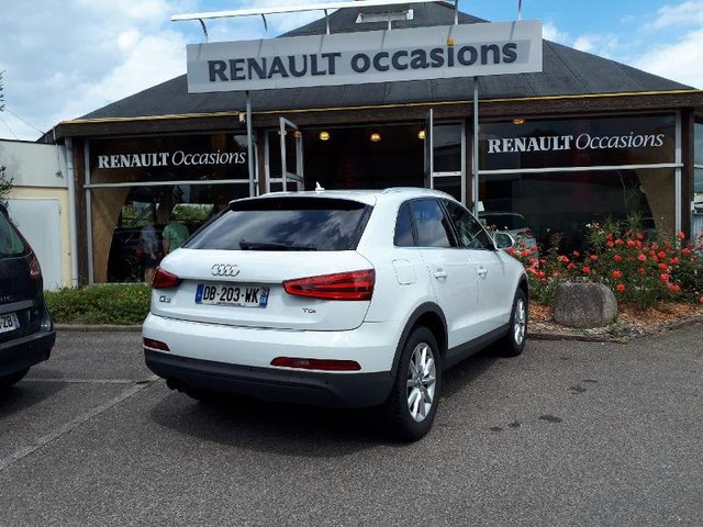 audi q3 occasion 2 0 tdi 140ch ambiente charleville re68c2 180761. Black Bedroom Furniture Sets. Home Design Ideas
