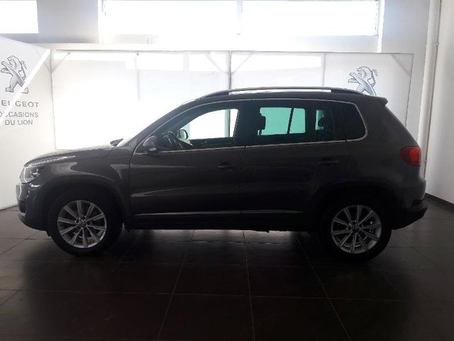 volkswagen tiguan occasion 2 0 tdi 110ch bluemotion technology fap carat reims abch 28303. Black Bedroom Furniture Sets. Home Design Ideas