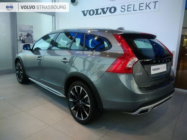 volvo v60 cross country occasion d4 awd 190ch pro geartronic strasbourg hes9 502803. Black Bedroom Furniture Sets. Home Design Ideas