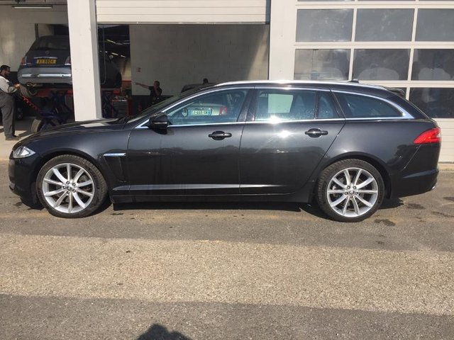 jaguar xf sportbrake occasion 3 0 v6 d 240ch luxe premium belfort he13 414186. Black Bedroom Furniture Sets. Home Design Ideas