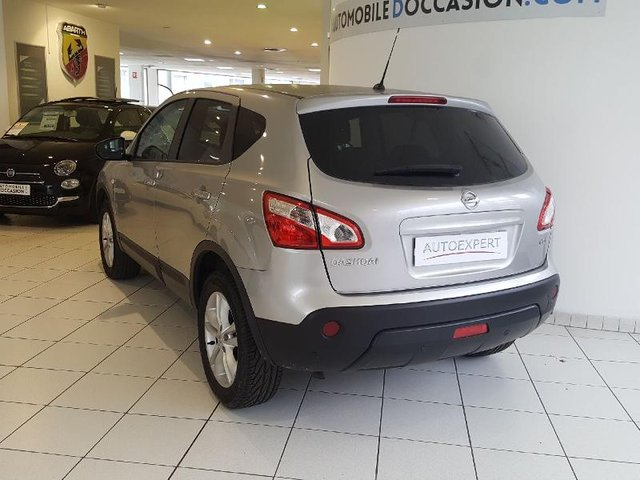 nissan qashqai occasion 1 5 dci 110ch acenta thionville hes8 805846. Black Bedroom Furniture Sets. Home Design Ideas