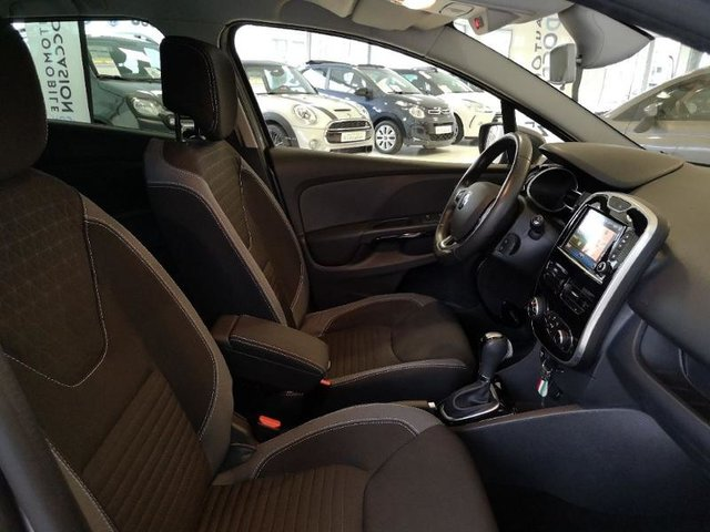 renault clio estate 1 5 dci 90ch intens edc occasion hes8 806798. Black Bedroom Furniture Sets. Home Design Ideas