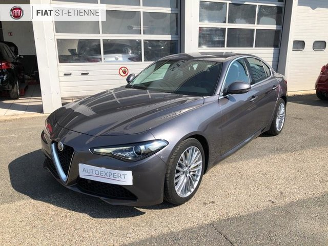 alfa romeo giulia occasion 2 2 jtd 180ch super at8 metz he13 vd412699. Black Bedroom Furniture Sets. Home Design Ideas