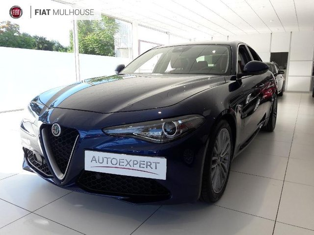 voiture occasion alfa romeo giulia beaune opel beaune. Black Bedroom Furniture Sets. Home Design Ideas