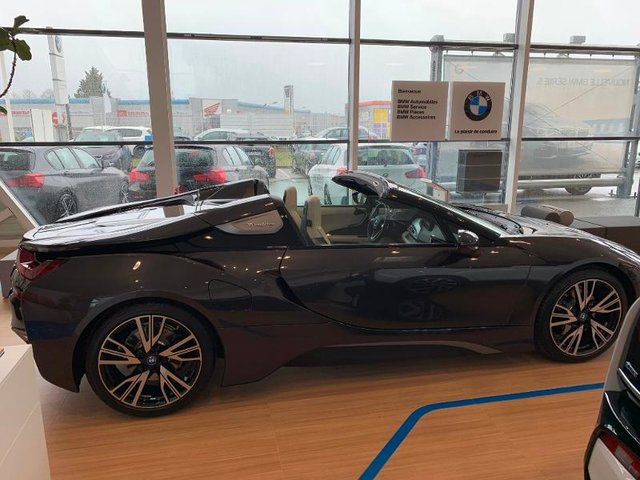 voiture occasion bmw i8 roadster charleville peugeot charleville. Black Bedroom Furniture Sets. Home Design Ideas