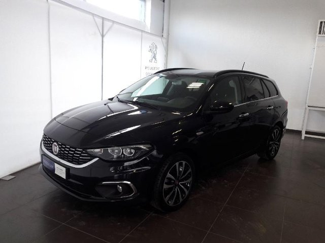 fiat tipo sw en occasion achat occasions fiat tipo sw automobiledoccasion. Black Bedroom Furniture Sets. Home Design Ideas