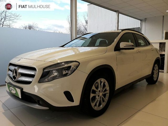 mercedes benz classe gla occasion 220 d inspiration 4matic 7g dct reims hes2 19095. Black Bedroom Furniture Sets. Home Design Ideas
