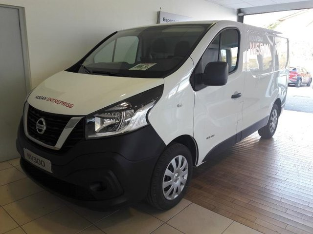 voiture occasion nissan nv300 fg besancon opel besancon. Black Bedroom Furniture Sets. Home Design Ideas