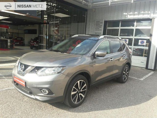 nissan x trail en occasion achat occasions nissan x trail automobiledoccasion. Black Bedroom Furniture Sets. Home Design Ideas