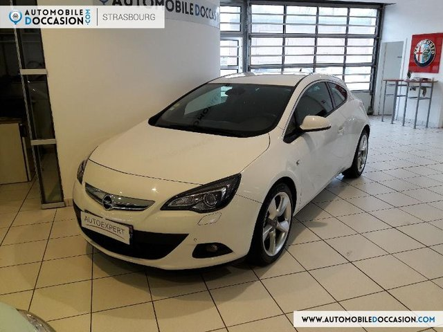 opel astra gtc en occasion achat occasions opel astra gtc automobiledoccasion. Black Bedroom Furniture Sets. Home Design Ideas