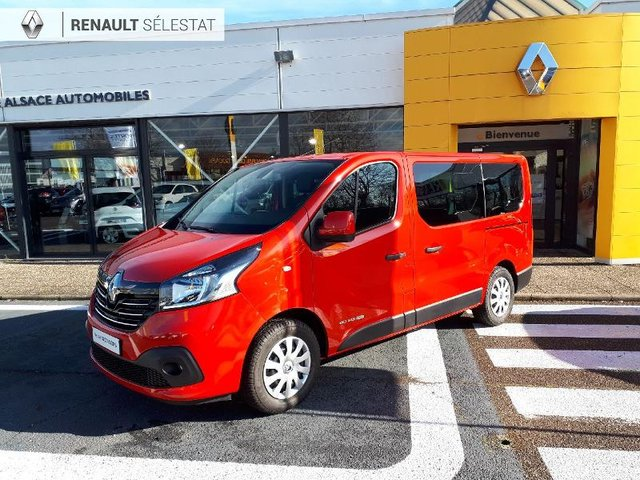 voiture occasion renault trafic combi besancon opel besancon. Black Bedroom Furniture Sets. Home Design Ideas