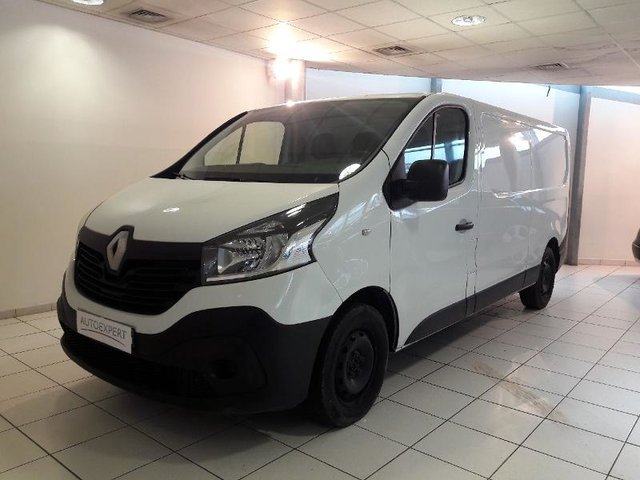 voiture occasion renault trafic fg besancon nissan besancon. Black Bedroom Furniture Sets. Home Design Ideas