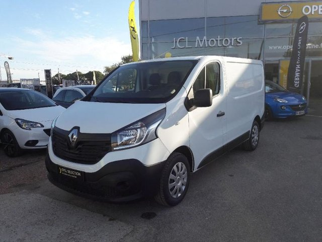 voiture occasion renault trafic fg metz nissan metz. Black Bedroom Furniture Sets. Home Design Ideas