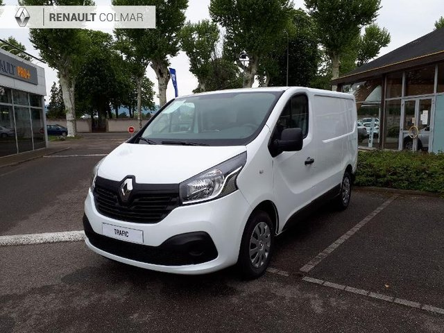 voiture occasion renault trafic fg strasbourg fiat strasbourg. Black Bedroom Furniture Sets. Home Design Ideas