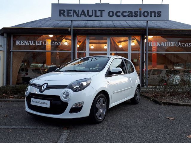 voiture occasion renault twingo saint etienne fiat saint etienne. Black Bedroom Furniture Sets. Home Design Ideas