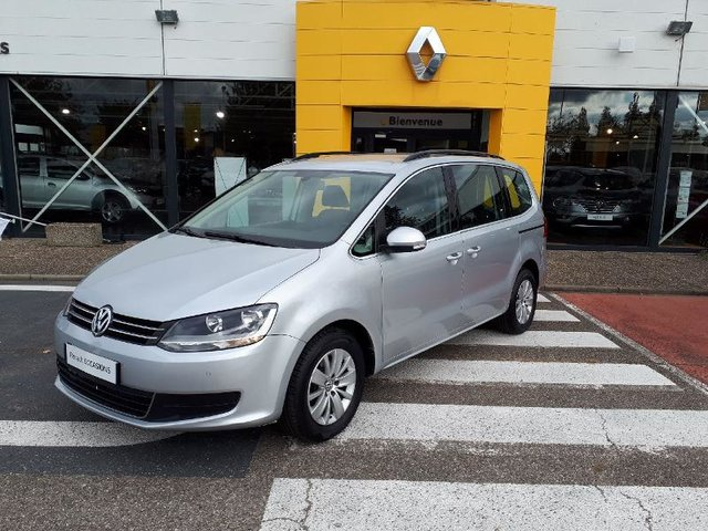 volkswagen sharan occasion 2 0 tdi 140ch confortline business reims re67m1 18519. Black Bedroom Furniture Sets. Home Design Ideas