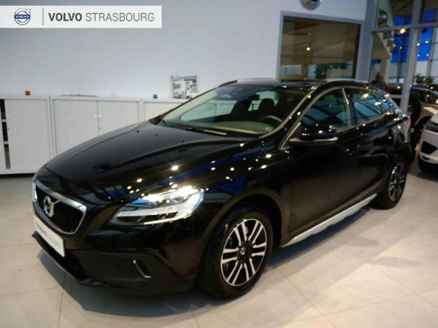 voiture occasion volvo v40 cross country reims peugeot reims. Black Bedroom Furniture Sets. Home Design Ideas