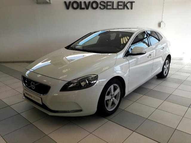 voiture occasion volvo v40 thionville opel thionville. Black Bedroom Furniture Sets. Home Design Ideas