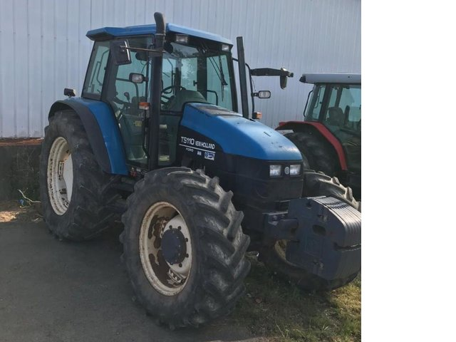 New Holland TS110