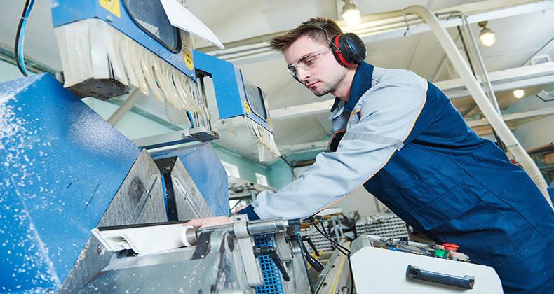 actividad-manufacturera-espana-acelera-se-expande