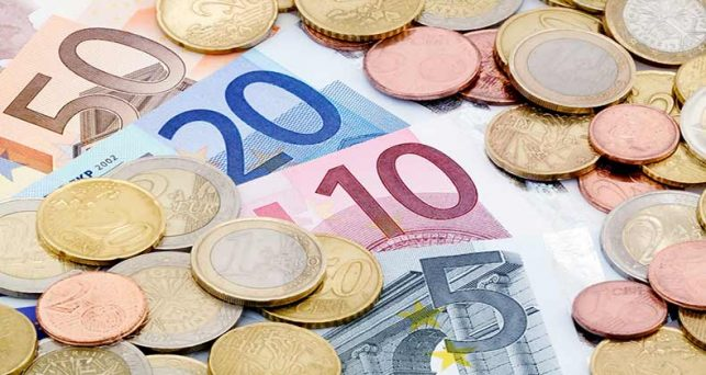 bei-santander-firman-acuerdo-apoyo-pymes-financiacion-proyectos-renovables