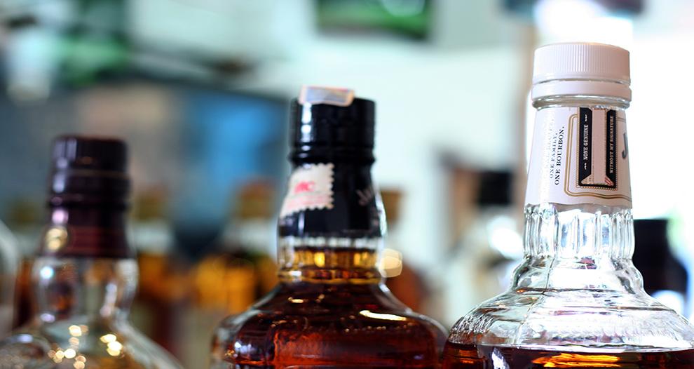 bruselas-cambios-impuesto-alcohol-aliviar-carga-pymes-combatir-fraude