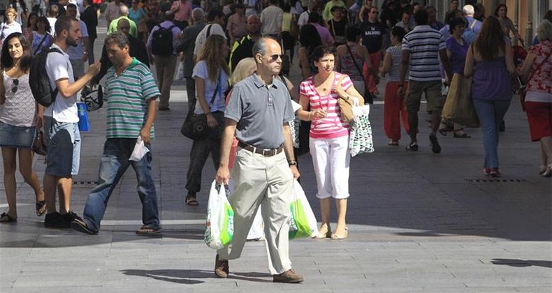 confianza-consumidor-cae-peor-valoracion-presente-futuro
